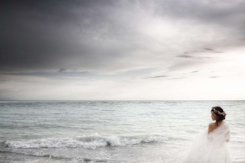 Storm :: Bride alone :: David Bastianoni wedding photographer