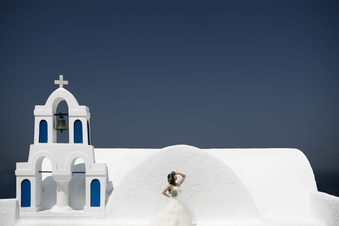 Greece :: Bride alone :: David Bastianoni wedding photographer