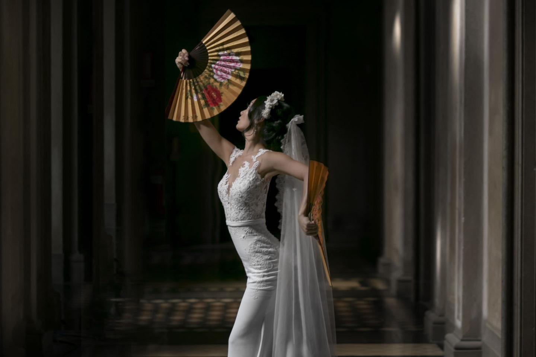 Elegance :: Bride alone :: David Bastianoni wedding photographer