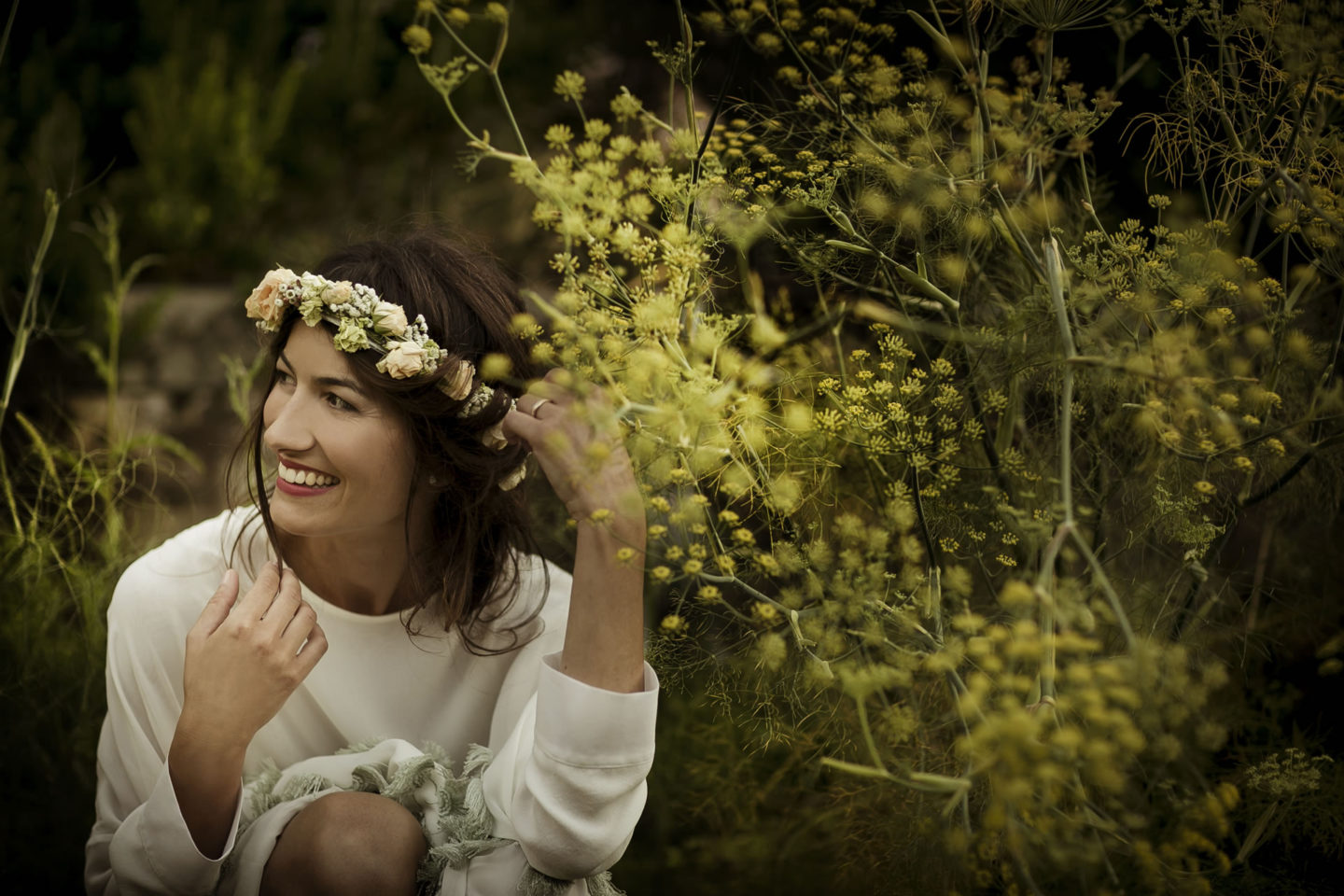 Bucolic :: Bride alone :: David Bastianoni wedding photographer