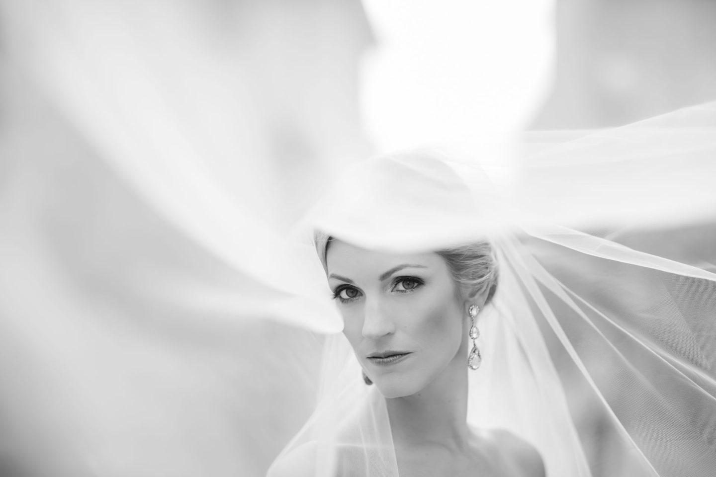Veil :: Bride alone :: David Bastianoni wedding photographer