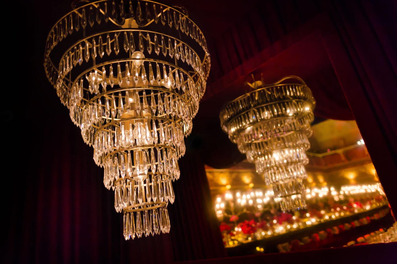 Reflected Candelabrum :: Details :: David Bastianoni wedding photographer