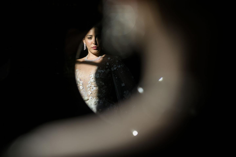 Reflection :: Getting ready :: David Bastianoni wedding photographer