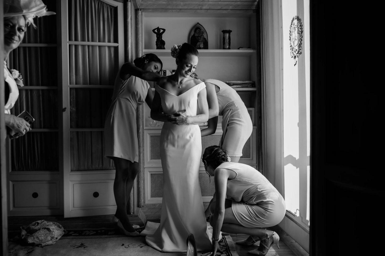 Wear :: Getting ready :: David Bastianoni wedding photographer