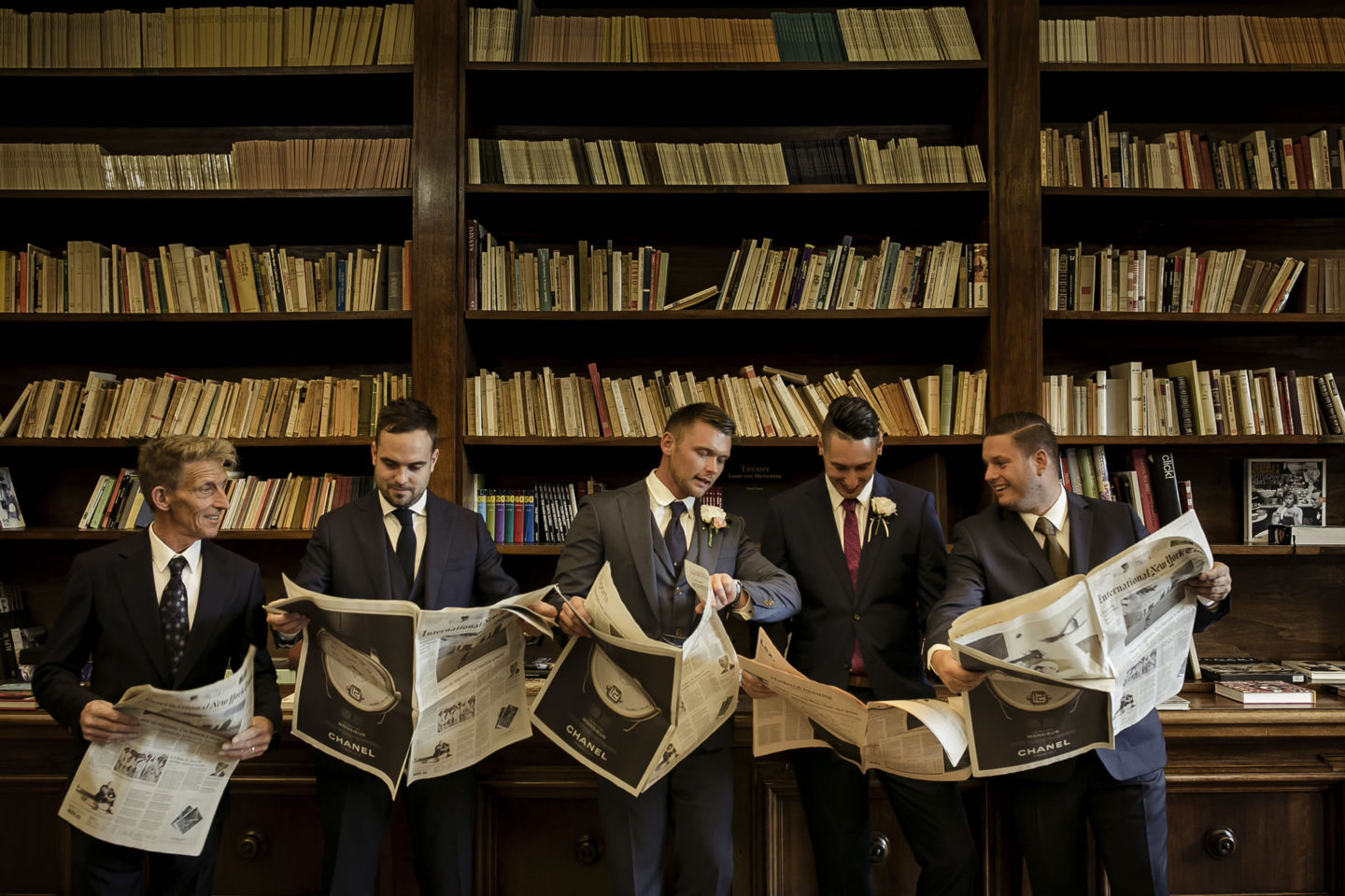 Newspapers :: Groups Bridal Parties :: David Bastianoni wedding photographer