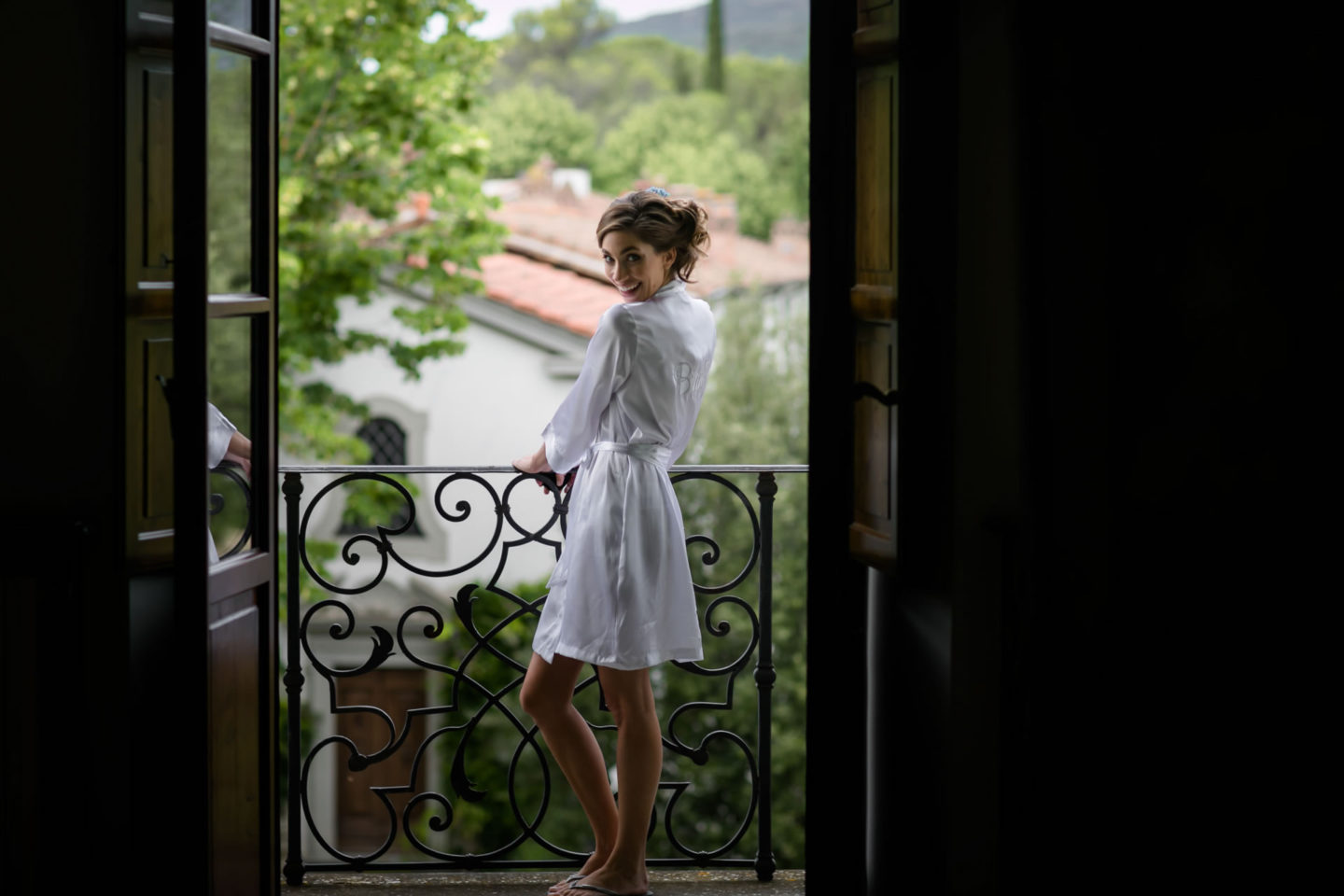 Waiting :: Amazing wedding day at Il Borro :: Luxury wedding photography - 3 :: Waiting