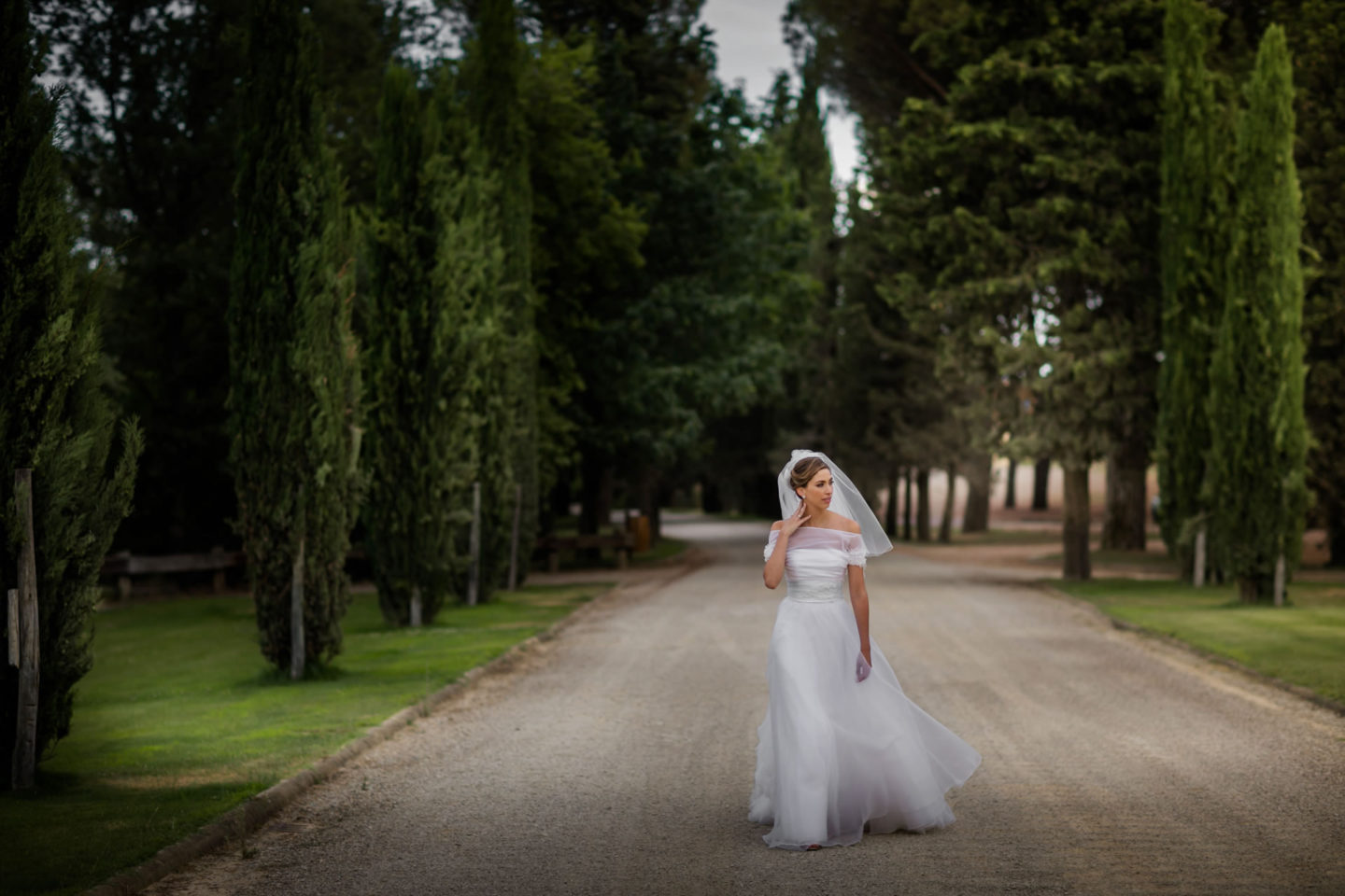 Walk :: Amazing wedding day at Il Borro :: Luxury wedding photography - 24 :: Walk