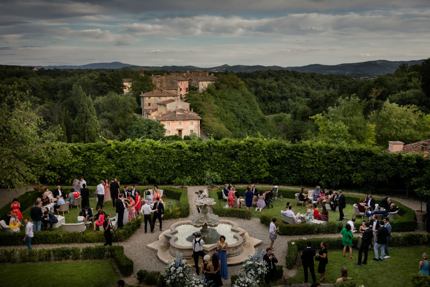 Tuscany :: Amazing wedding day at Il Borro :: Luxury wedding photography - 34 :: Tuscany