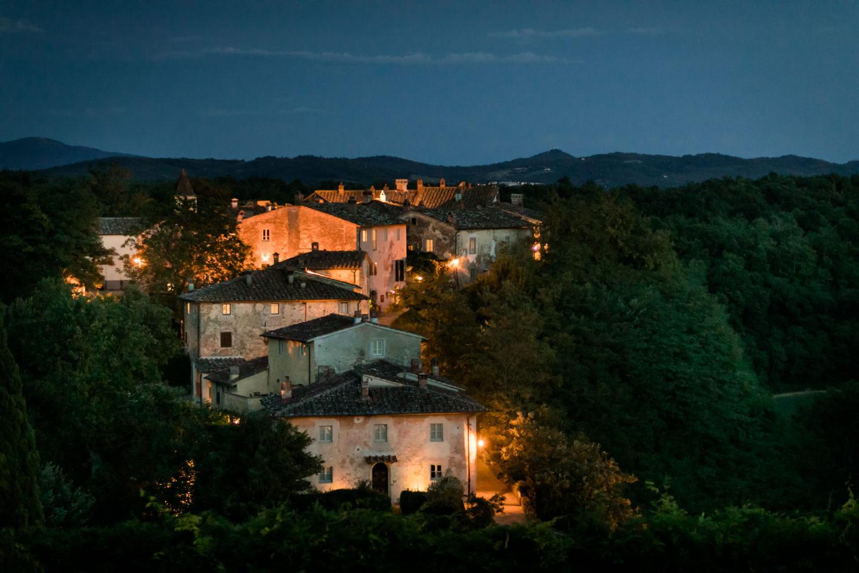 Lights :: Amazing wedding day at Il Borro :: Photo - 42 :: Lights