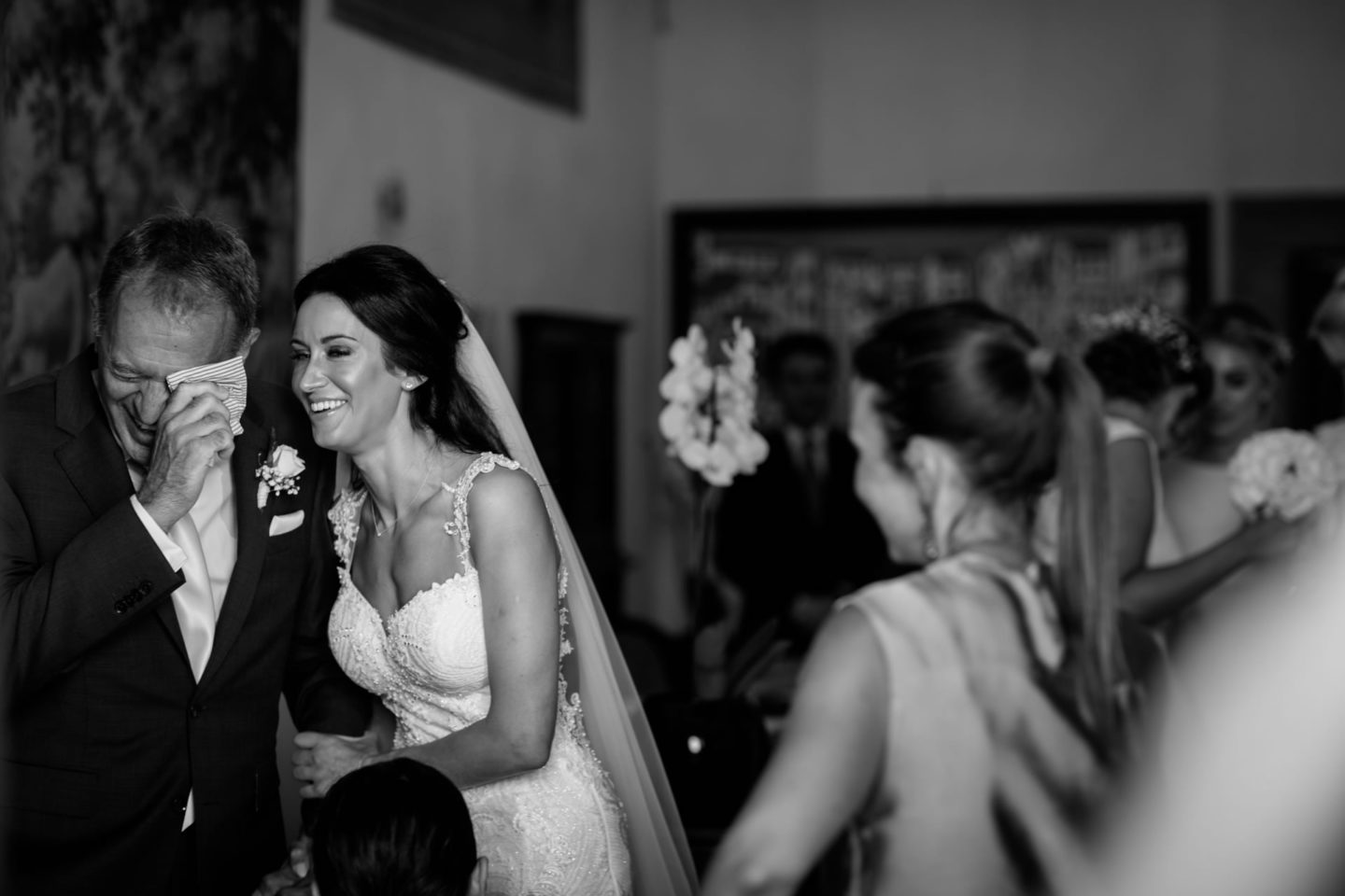 Emotion :: Crazy wedding at Vincigliata Castle and Villa San Michele :: Luxury wedding photography - 17 :: Emotion
