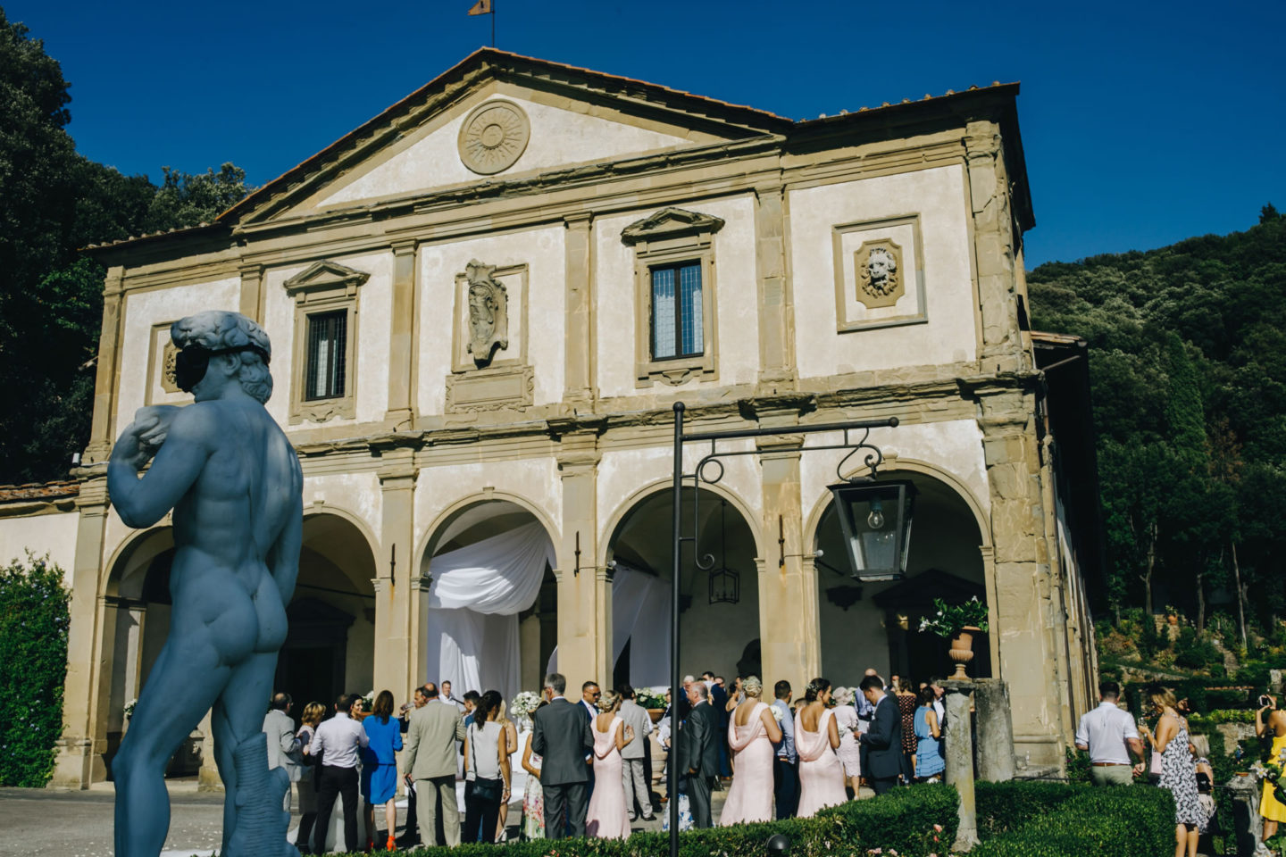 Villa :: Crazy wedding at Vincigliata Castle and Villa San Michele :: Luxury wedding photography - 19 :: Villa