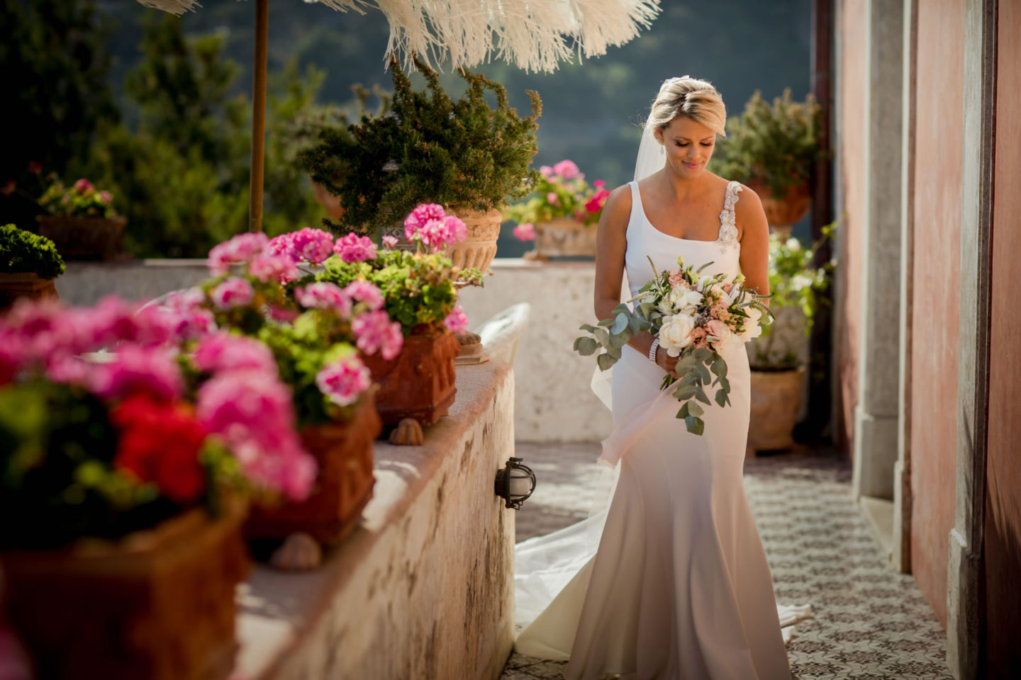 Arrival :: Wedding in Positano. Sea and love :: Wedding photographer based in Florence Tuscany Italy :: photo-21 :: Arrival