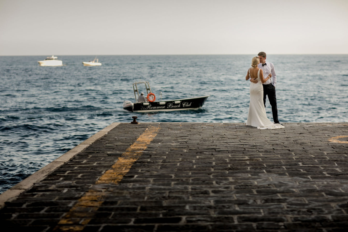 Boat :: Wedding in Positano. Sea and love :: Wedding photographer based in Florence Tuscany Italy :: photo-41 :: Boat