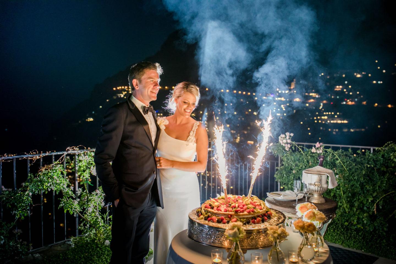 Wedding Cake :: Wedding in Positano. Sea and love :: Wedding photographer based in Florence Tuscany Italy :: photo-60 :: Wedding Cake