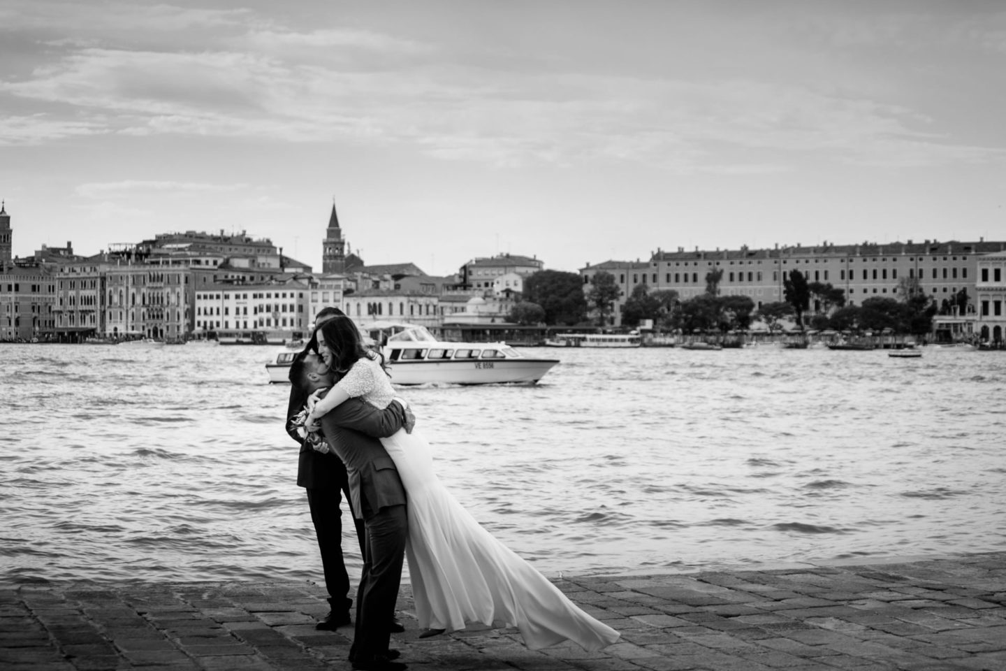 Romantic elopement in Venice :: Luxury wedding photography - 16