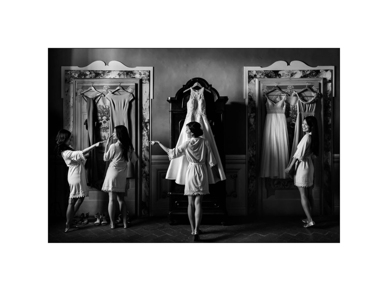 Black and white wedding_ Castello di Meleto :: Photo - 6
