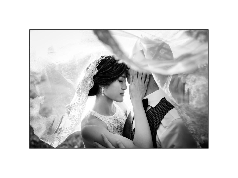 Black and white wedding_ Castello di Meleto :: Photo - 17