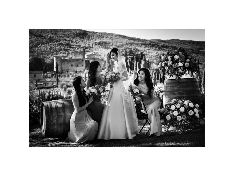 Black and white wedding_ Castello di Meleto :: Photo - 25