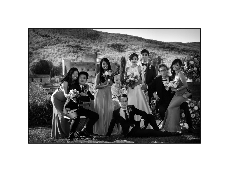 Black and white wedding_ Castello di Meleto :: Photo - 26