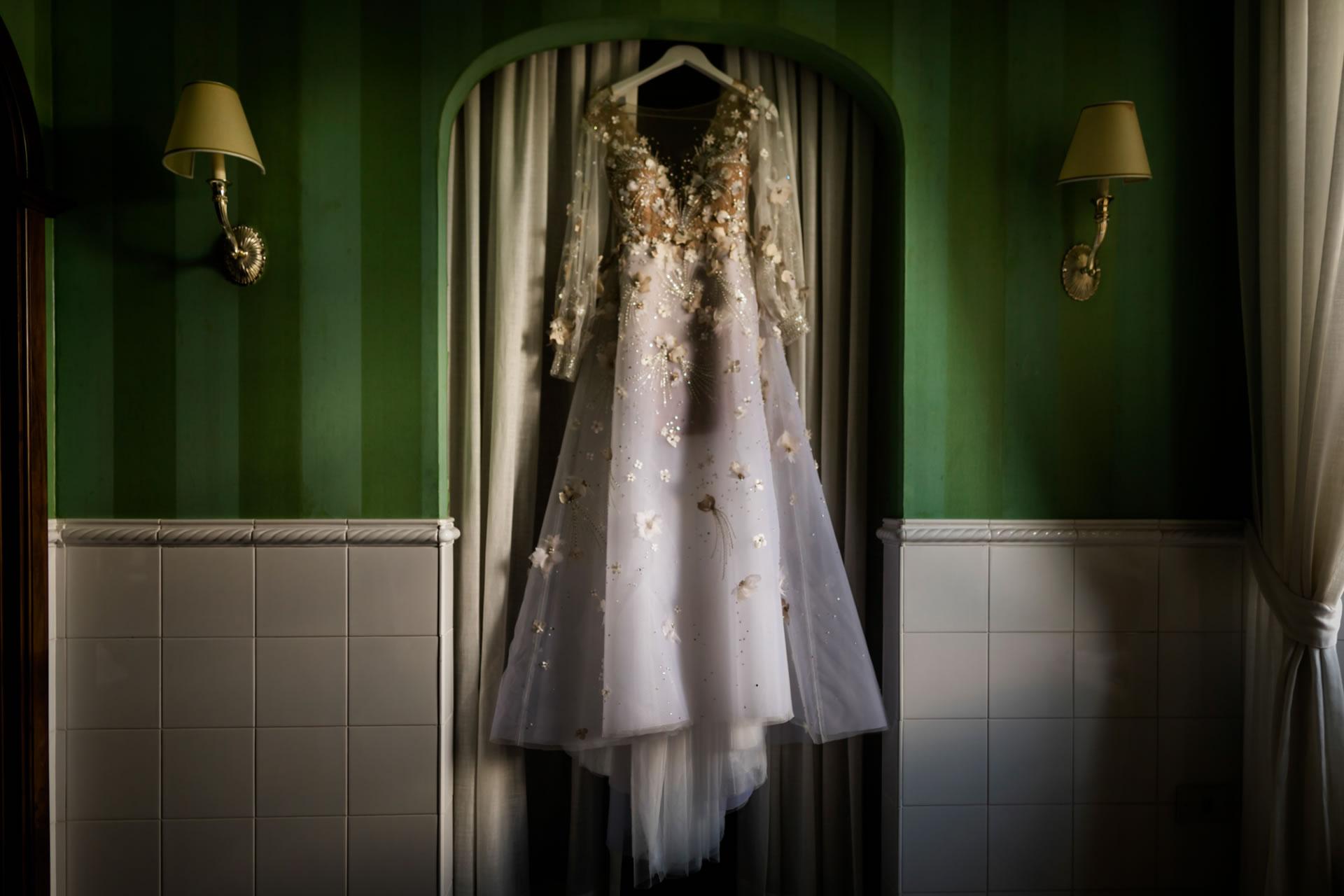 Dress - 1 :: Luxury wedding at Il Borro :: Luxury wedding photography - 0 :: Dress - 1