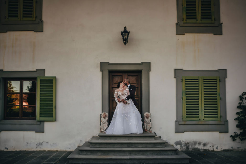 Windows - 25 :: Luxury wedding at Il Borro :: Luxury wedding photography - 24 :: Windows - 25