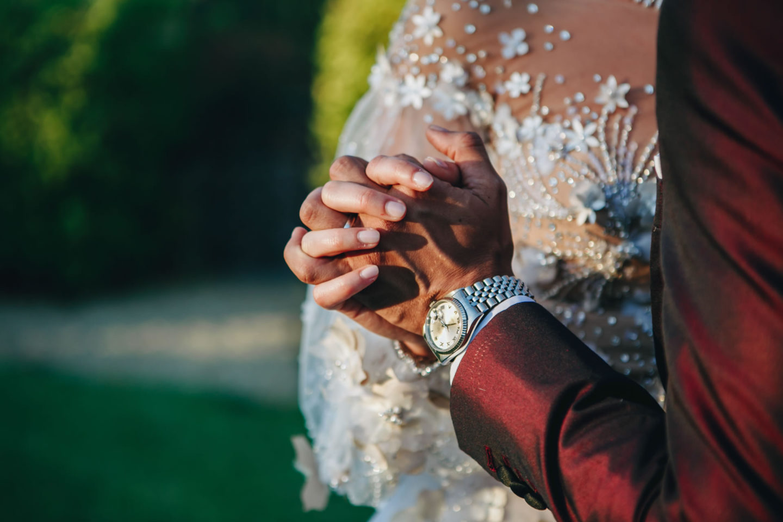 Hand :: Luxury wedding at Il Borro :: Luxury wedding photography - 26 :: Hand