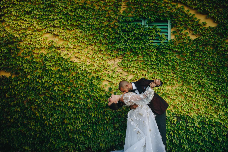 Kiss :: Luxury wedding at Il Borro :: Luxury wedding photography - 28 :: Kiss