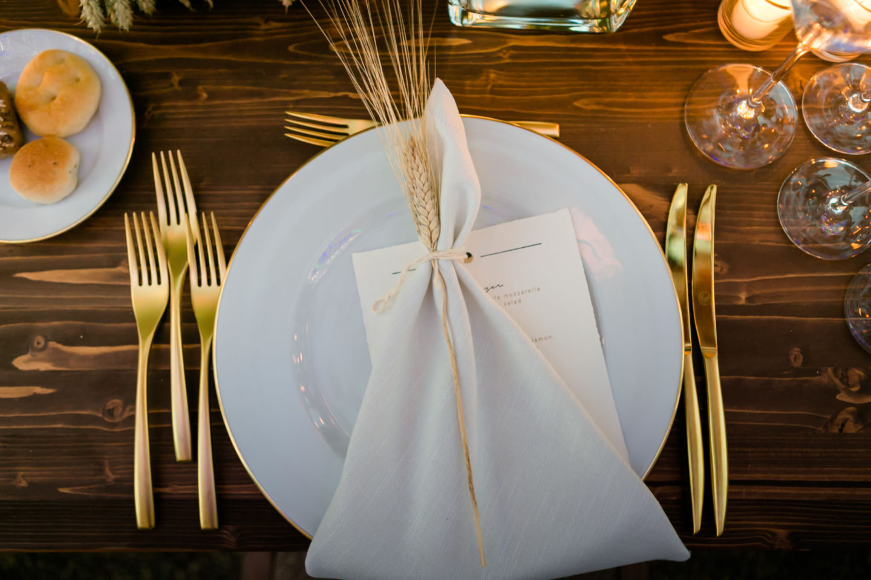 Wheat :: Luxury wedding at Il Borro :: Luxury wedding photography - 50 :: Wheat