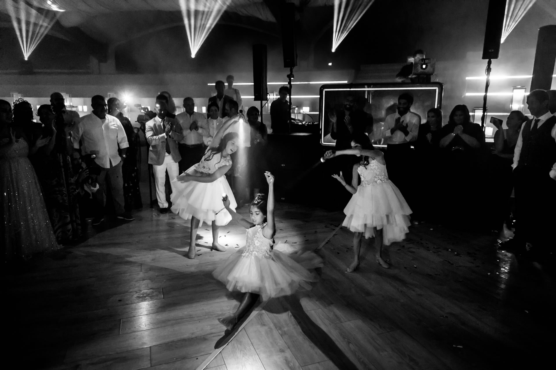 Girls - 84 :: Luxury wedding at Il Borro :: Luxury wedding photography - 83 :: Girls - 84