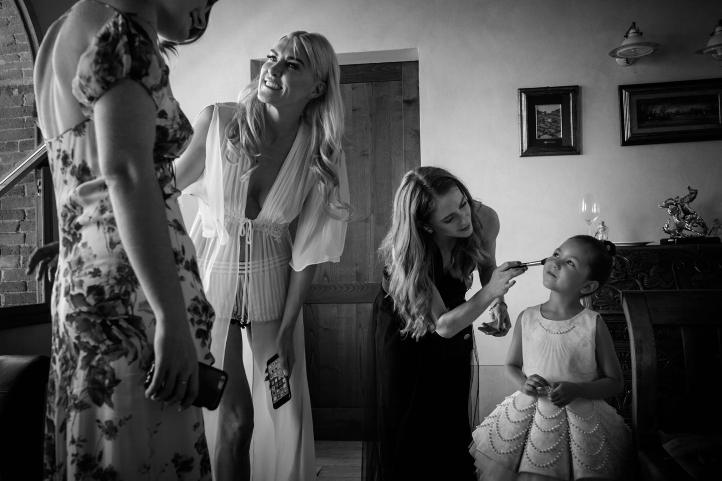 Make Up - 4 :: Exciting wedding in the countryside of Siena :: Luxury wedding photography - 3 :: Make Up - 4