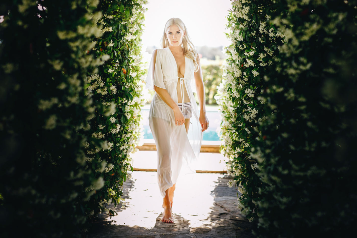 White :: Exciting wedding in the countryside of Siena :: Luxury wedding photography - 18 :: White