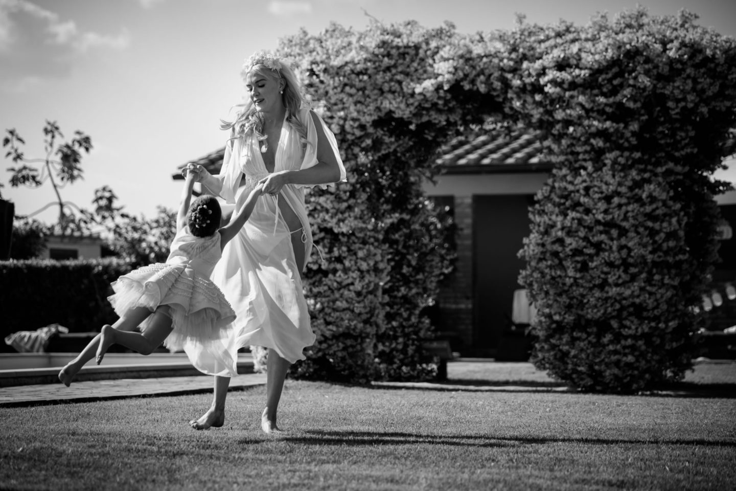 Fly :: Exciting wedding in the countryside of Siena :: Luxury wedding photography - 21 :: Fly
