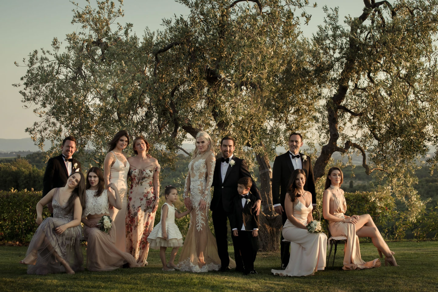 Famiy Group :: Exciting wedding in the countryside of Siena :: Luxury wedding photography - 42 :: Famiy Group
