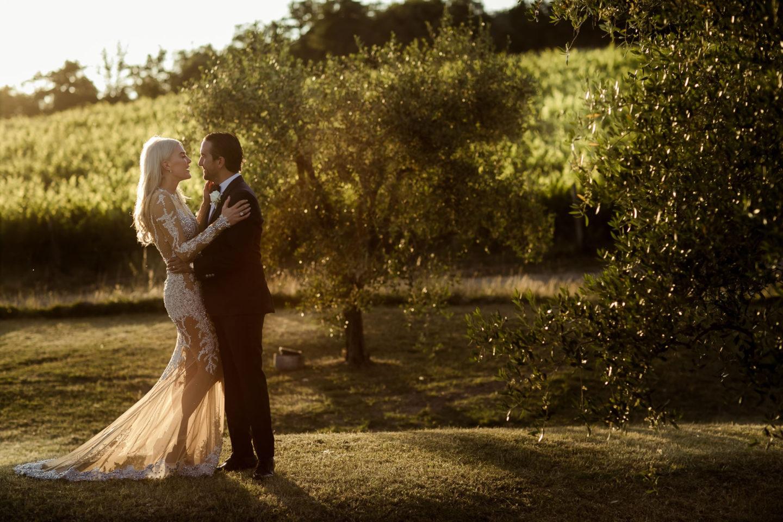 Sunshine :: Exciting wedding in the countryside of Siena :: Luxury wedding photography - 47 :: Sunshine