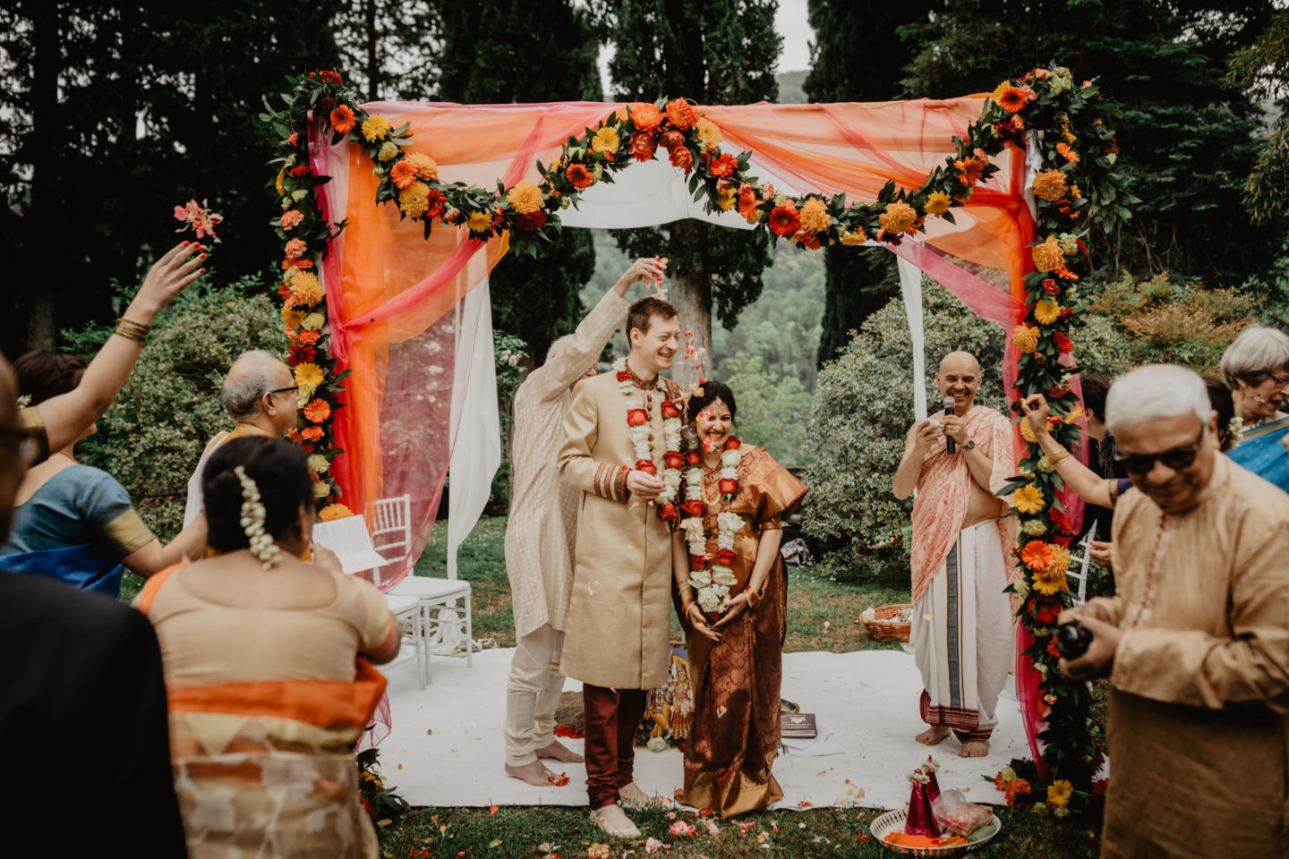 Indian wedding ceremony at Villa Pitiana :: Luxury wedding photography - 23