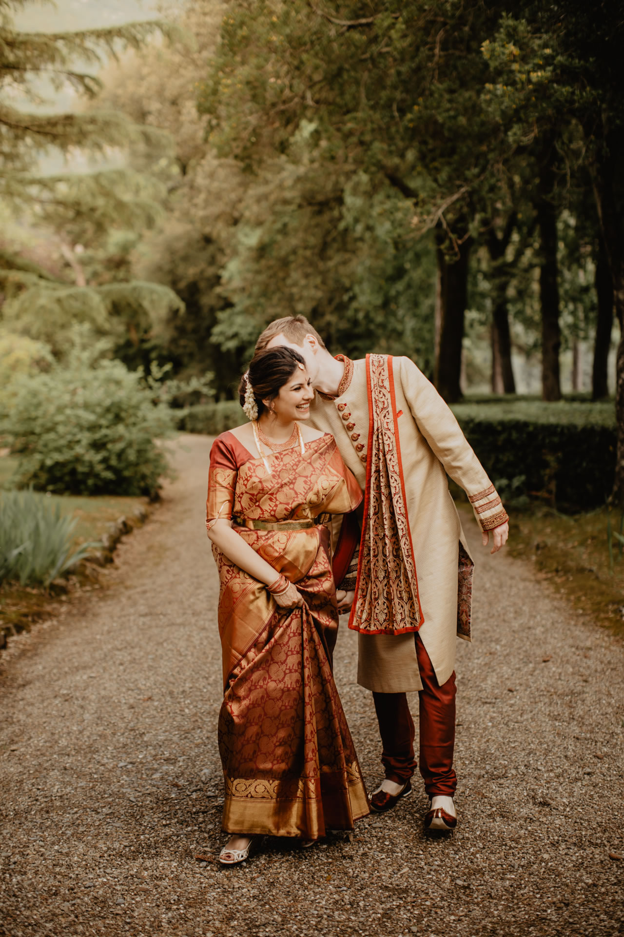Indian wedding ceremony at Villa Pitiana :: Luxury wedding photography - 25