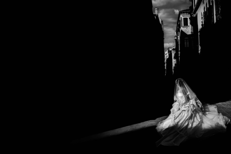 Intimate Wedding in Venice :: Luxury wedding photography - 13