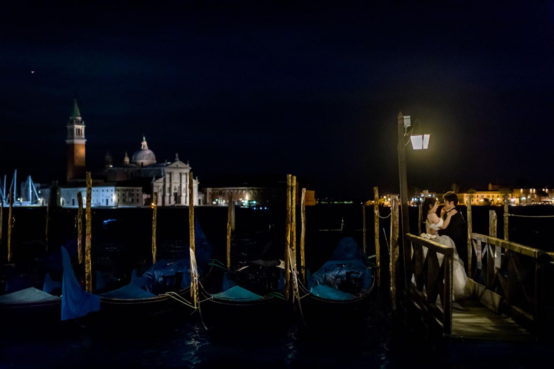 Intimate Wedding in Venice :: Luxury wedding photography - 41