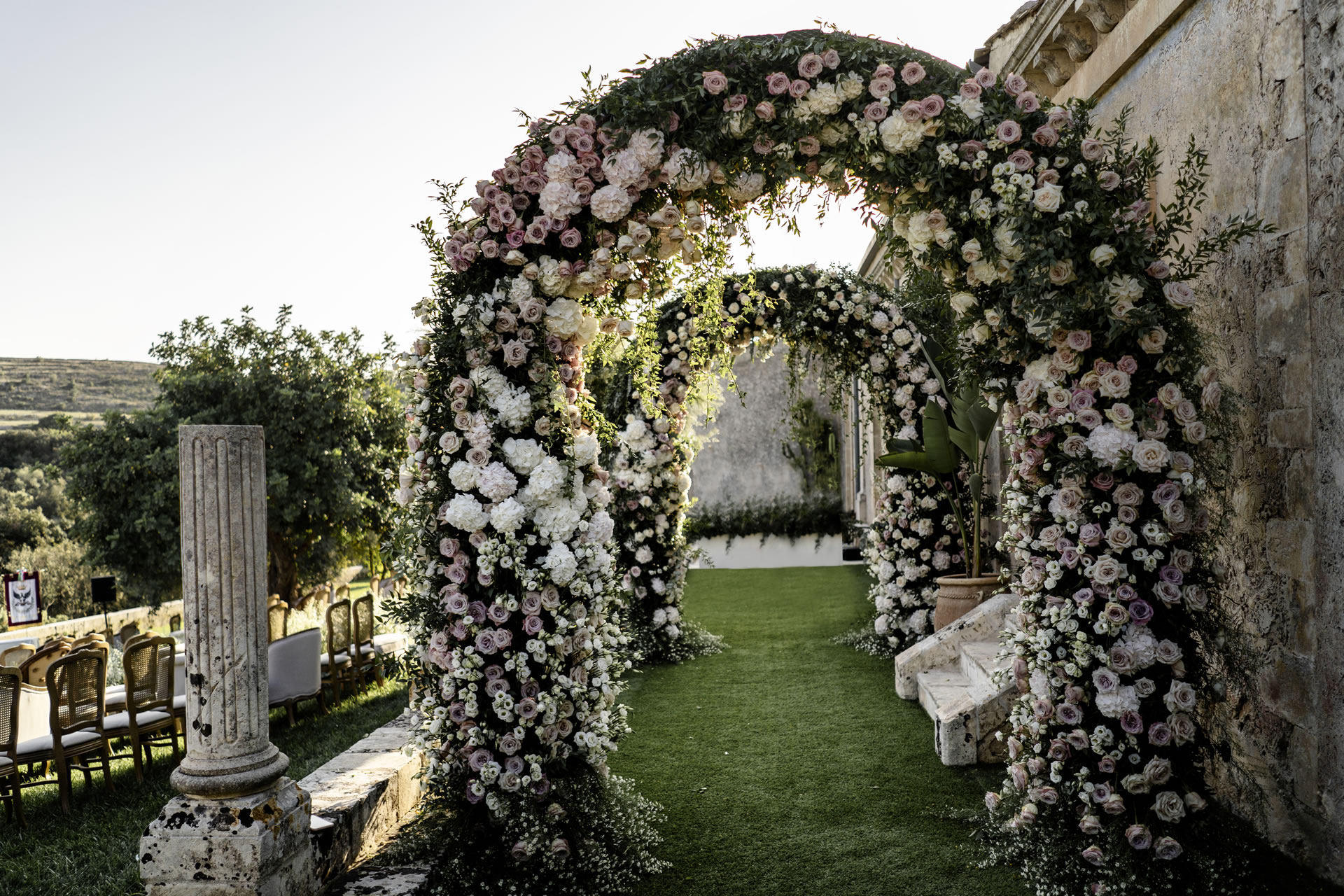- 9 :: The Ferragnez: between Baroque and Hollywood :: Luxury wedding photography - 8 ::  - 9