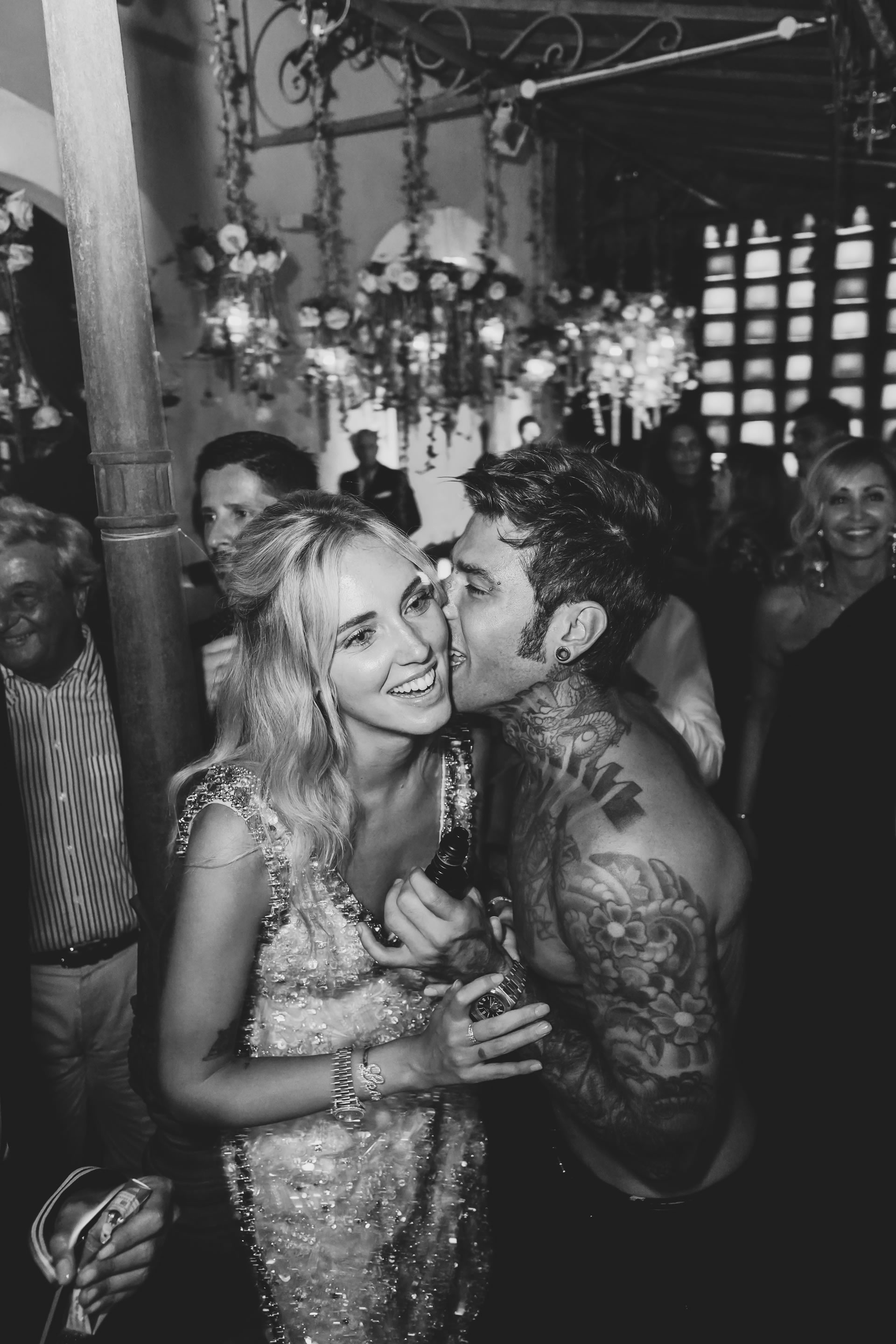 - 1 :: The Ferragnez: Chiara and Fede in 12 shots :: Luxury wedding photography - 0 ::  - 1
