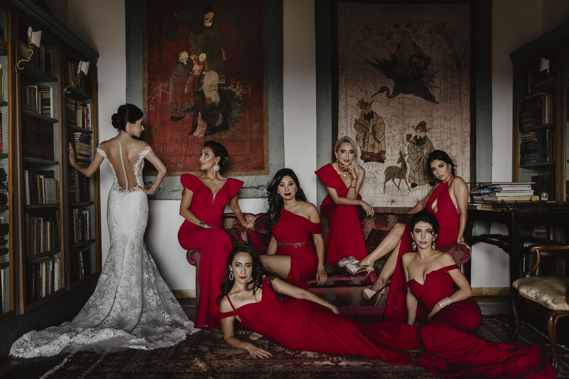 - 7 :: Group's portrait: what remains of that day :: Luxury wedding photography - 6 ::  - 7
