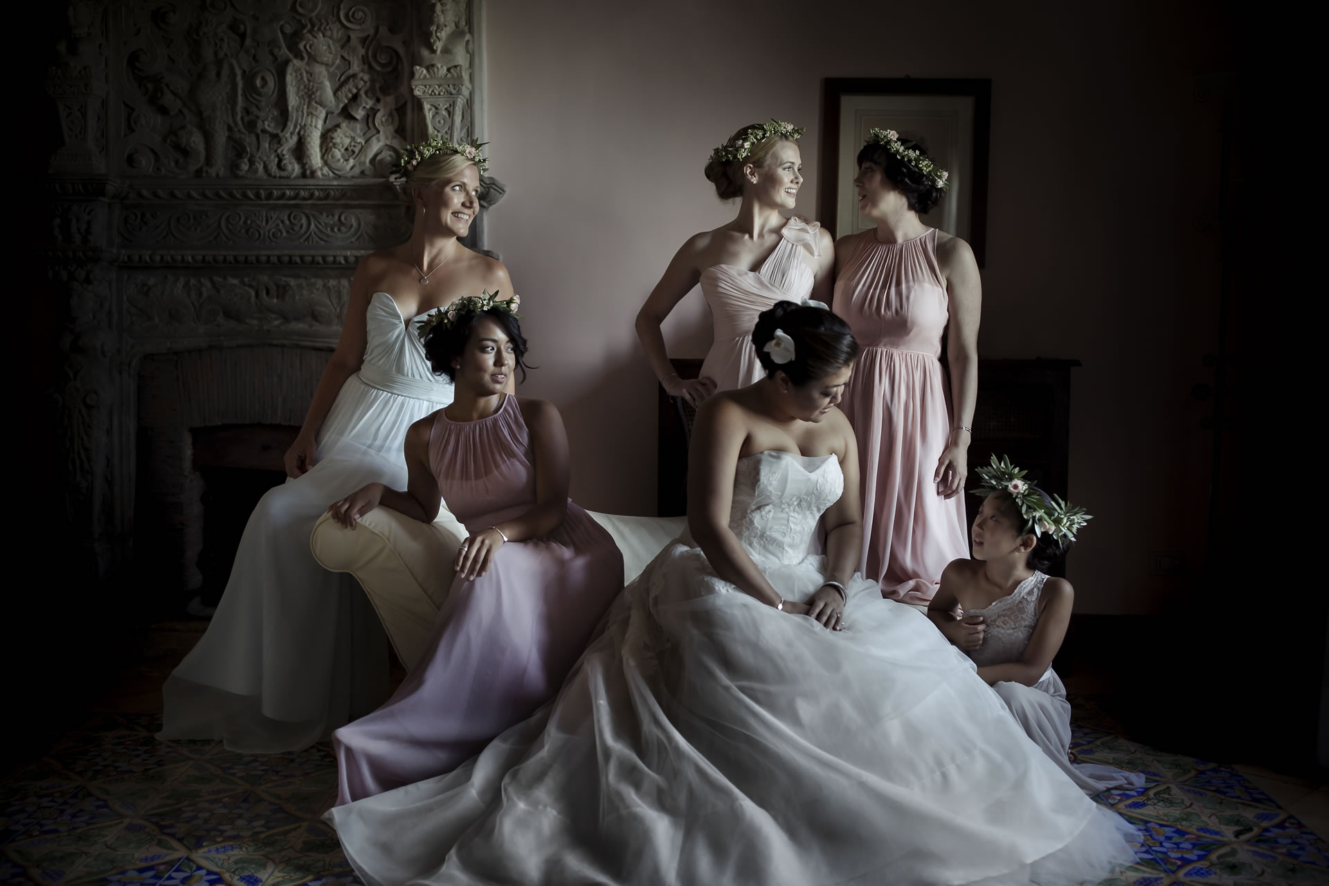 - 9 :: Group's portrait: what remains of that day :: Luxury wedding photography - 8 ::  - 9