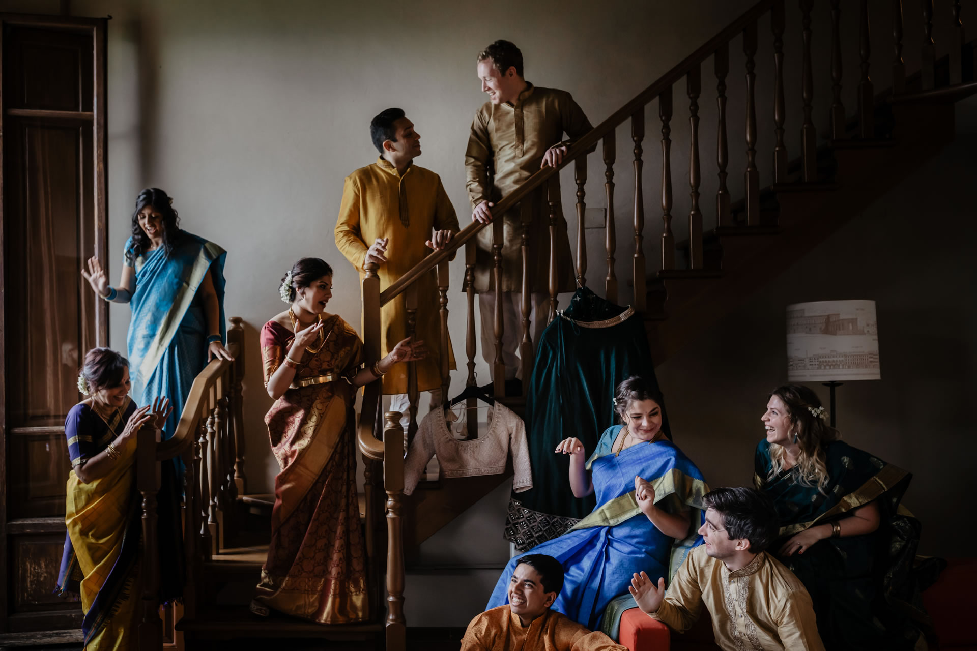 - 12 :: Group's portrait: what remains of that day :: Luxury wedding photography - 11 ::  - 12