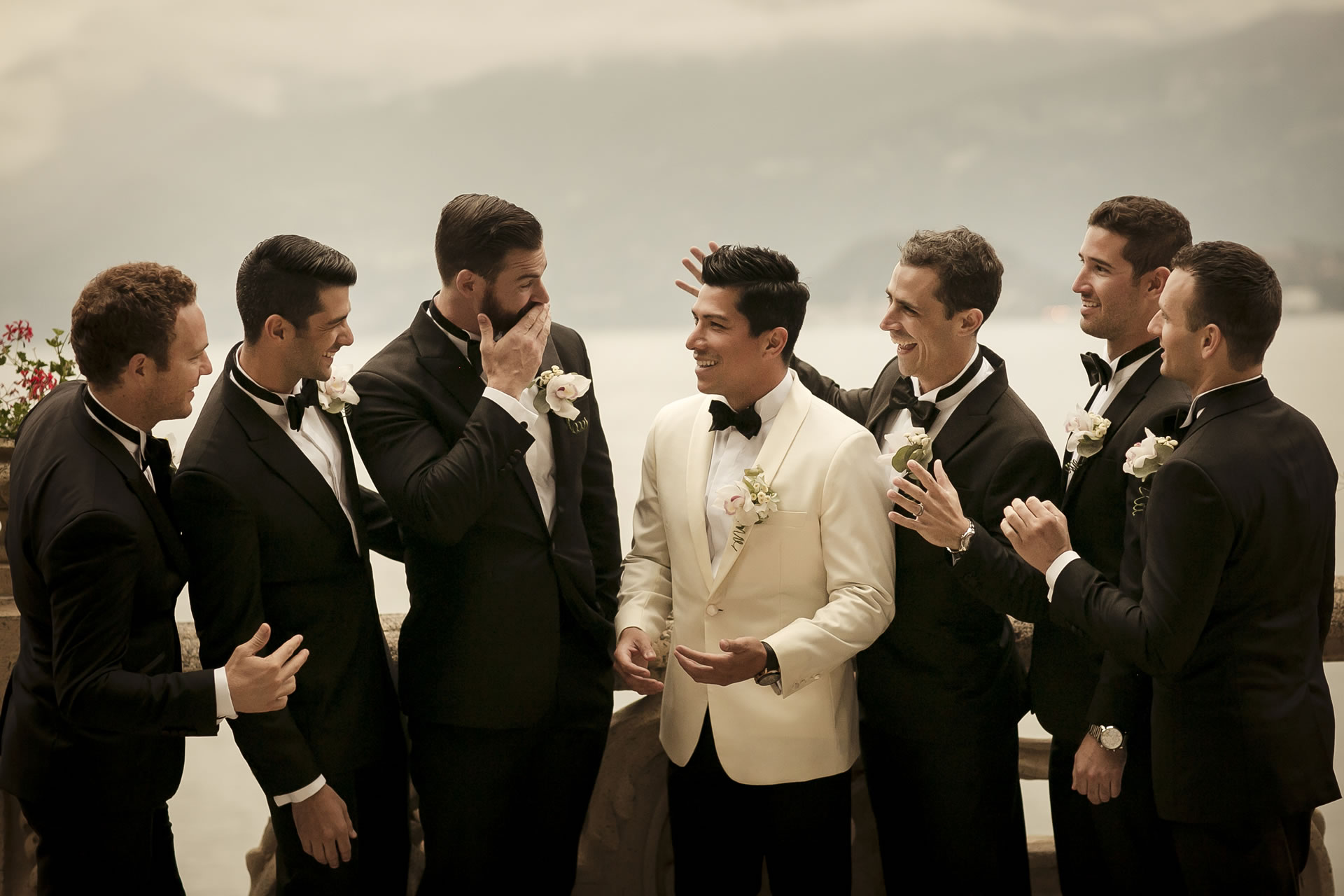 - 16 :: Group's portrait: what remains of that day :: Luxury wedding photography - 15 ::  - 16