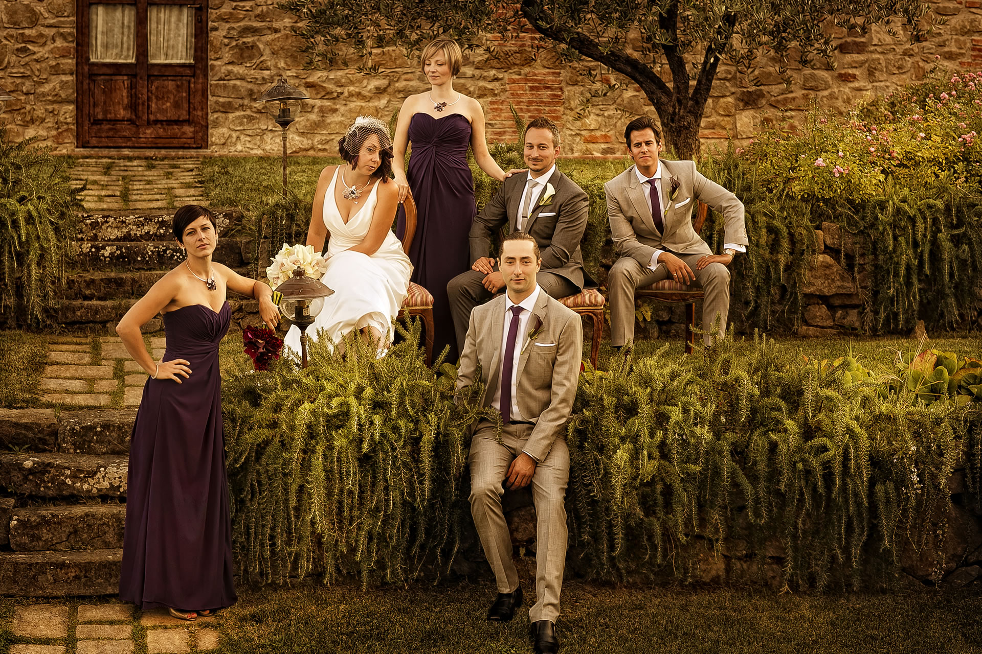 - 25 :: Group's portrait: what remains of that day :: Luxury wedding photography - 24 ::  - 25