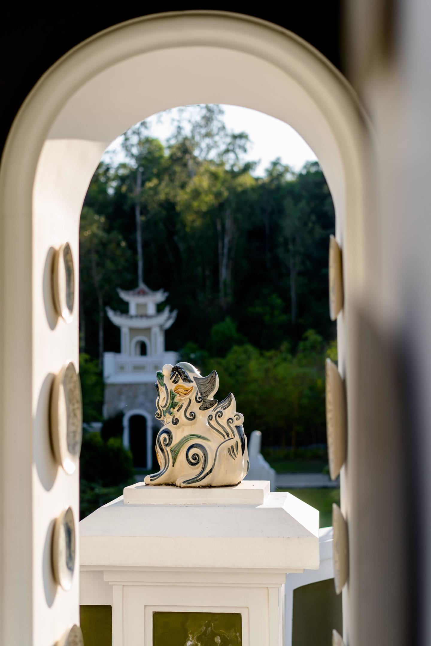 - 13 :: What an adventure: an Indian wedding in Vietnam :: Luxury wedding photography - 12 ::  - 13