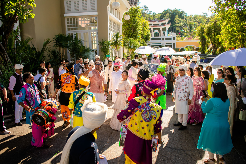 - 102 :: What an adventure: an Indian wedding in Vietnam :: Luxury wedding photography - 101 ::  - 102
