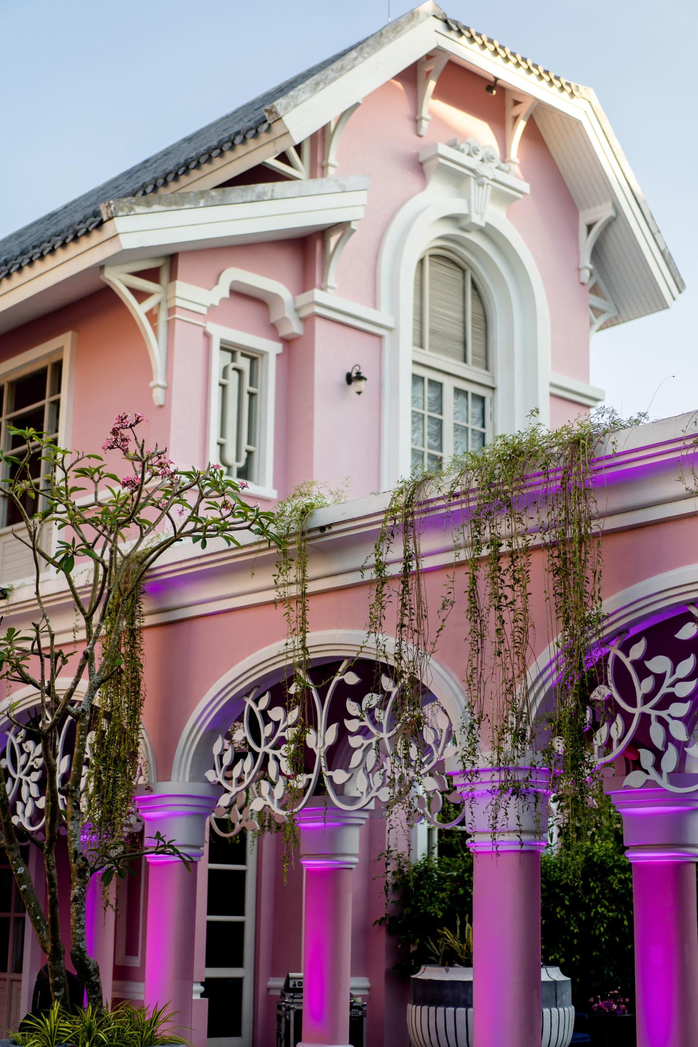 - 107 :: What an adventure: an Indian wedding in Vietnam :: Luxury wedding photography - 106 ::  - 107
