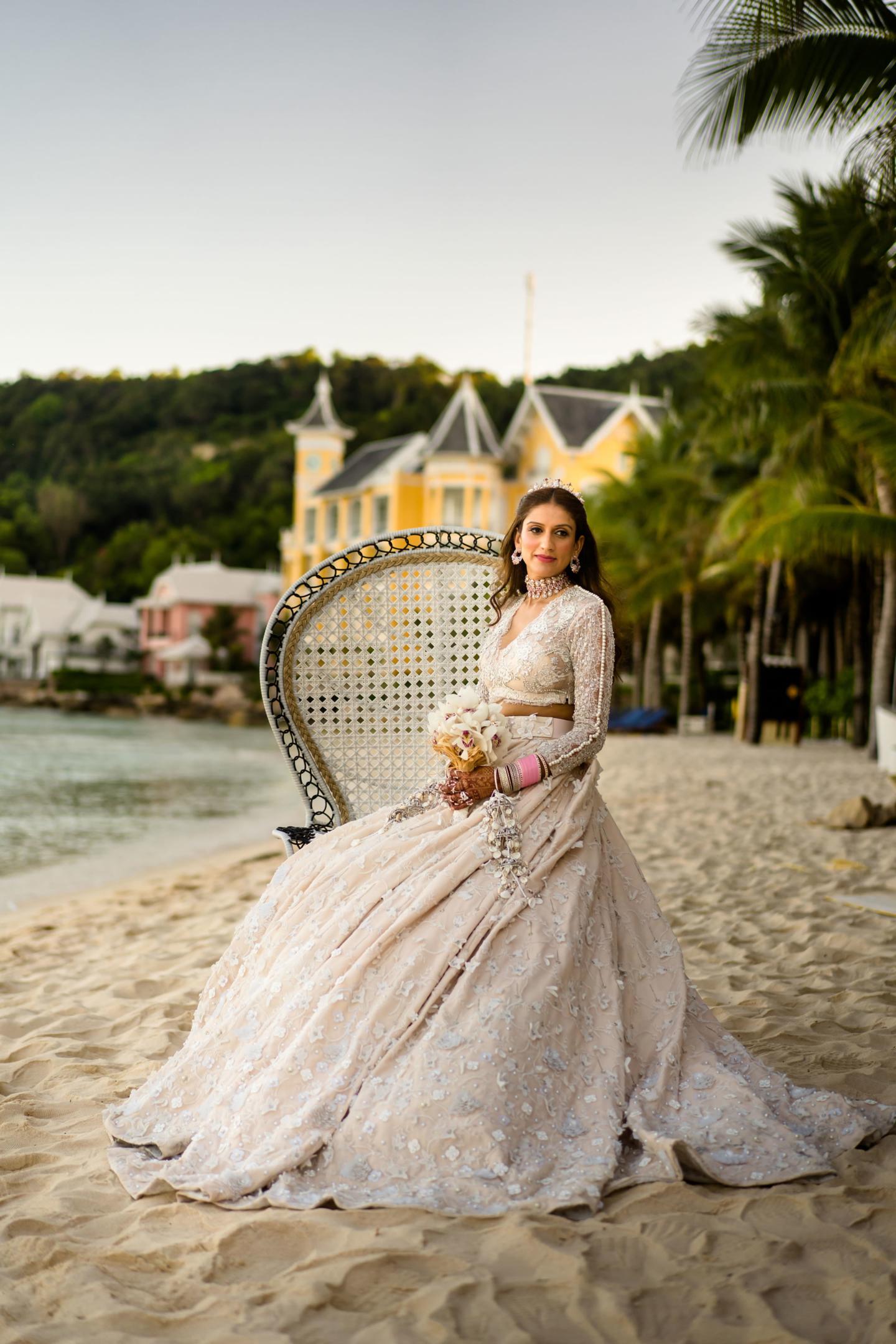 - 110 :: What an adventure: an Indian wedding in Vietnam :: Luxury wedding photography - 109 ::  - 110