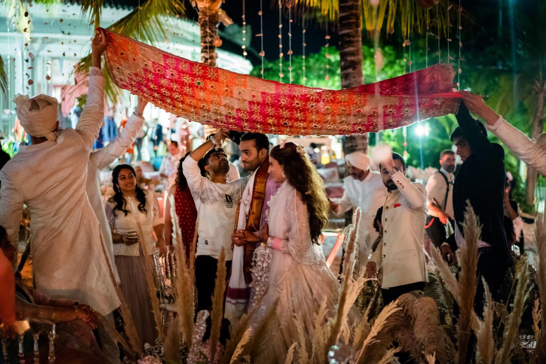- 138 :: What an adventure: an Indian wedding in Vietnam :: Luxury wedding photography - 137 ::  - 138